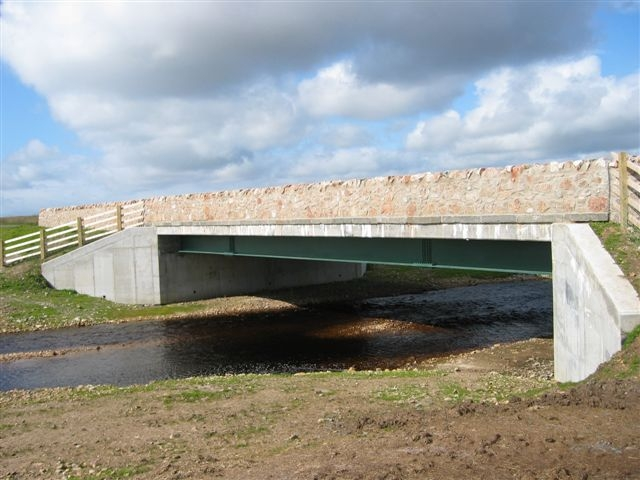 Duich bridge - side view with river
