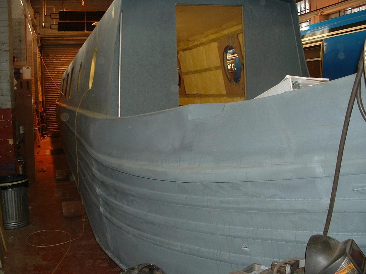 Kinglsground Narrow boat 2 - bow view